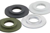 Schweres Kunststoff Rundöse 11/27 mm, gestapelt. 11/27 mm strapazierfähige Kunststoff Rundöse mit eckigen Flanken. Für Hoch Frequenz (HF) schweißen und Verwendung in automatischen Maschinen optimiert.