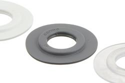 Oeillet plastique 15/37 mm (en colonne).